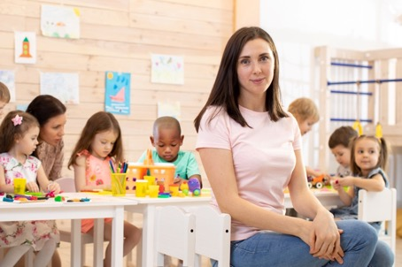 Bachelor-Studiengang Kindheitspädagogik und mehrsprachige Bildung B. A. (Sponsored Content)